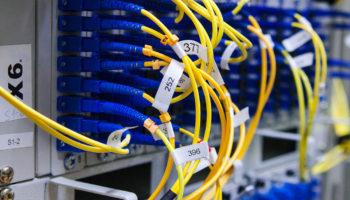 Какой интернет провайдер обслуживает дом по адресу?